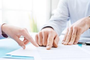 Договор аренды земельного участка, заключенный на основании лицензии на недропользование, не входит в конкурсную массу и может быть расторгнут в судебном порядке