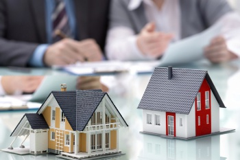 Из перечней объектов недвижимого имущества, в отношении которых налоговая база определяется как кадастровая стоимость, на 2018, 2019, 2020 годы исключены отдельные объекты