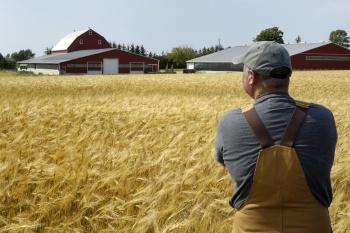 Фермеры смогут строить жилые дома в непосредственной близости от обрабатываемой ими земли